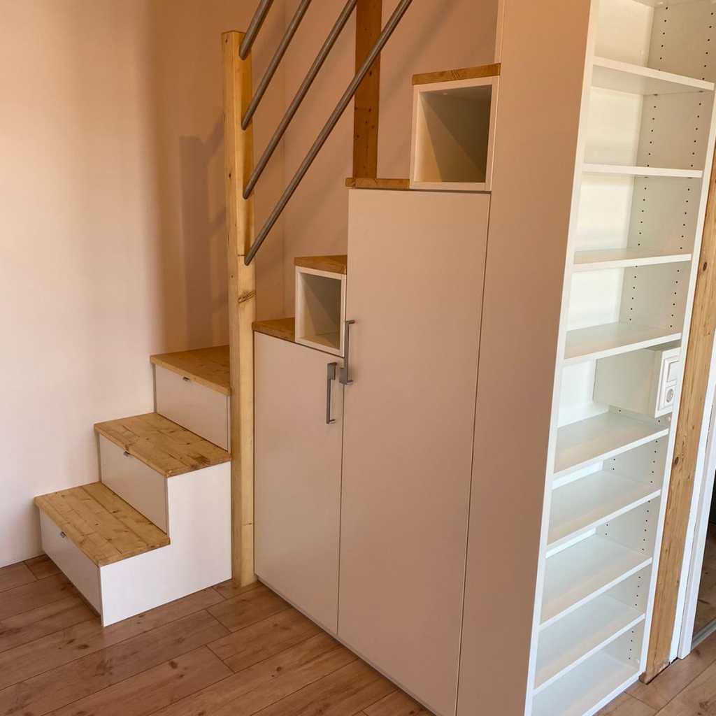 Schlafpodest Mit Treppenschränken In Heidenheim